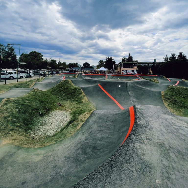NEW OPENING OF THE BIGGEST PUMP TRACK IN CATALONIA!